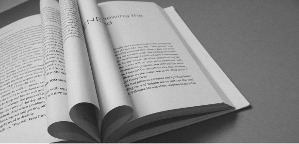book-912726_1920-2